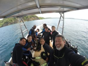 Scuba-diving-costa-rica-with-elemento-natural